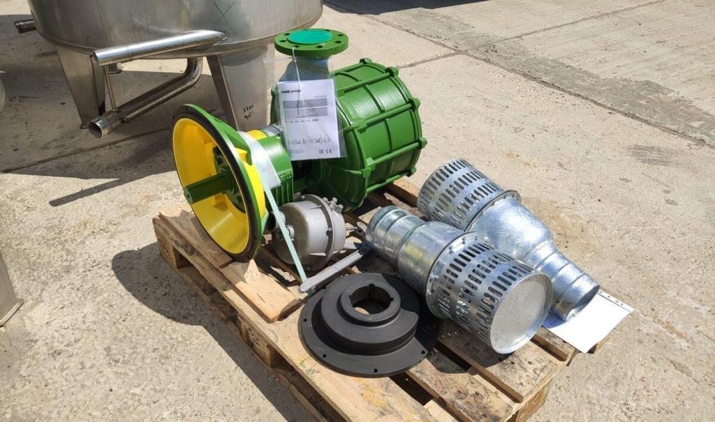 насос для дождевальной машины,привод от дизельного двигателя 6